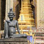 Foxy_Fox_Bangkok_Temple2