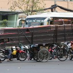 Foxy_Fox_Saigon_HugeLoad