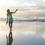 Foxy_Fox_Australia_ByronBay_Beach1
