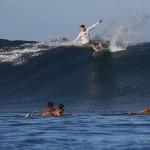 Foxy_Fox_Tahiti_Noel_Surfing2