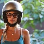 Foxy_Fox_Tahiti_helmet